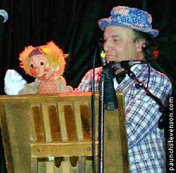 Uncle Floyd Vivino and his puppet Oogie